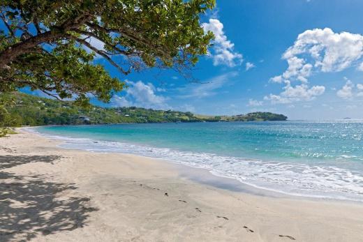 Svatý Vincent a Grenadiny - Svatý Vincenc a Grenadiny