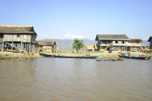 Poznávací zájezd Bangkok a Barma jezero v Inle