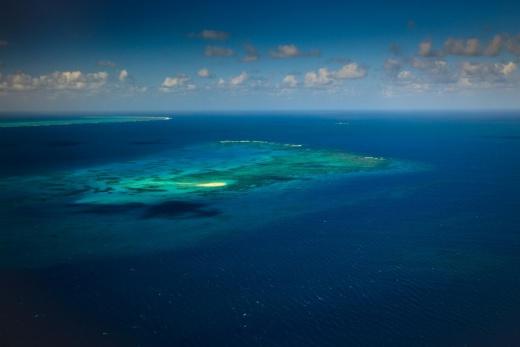Austrálie Bariérový útes - Upolu ostrov