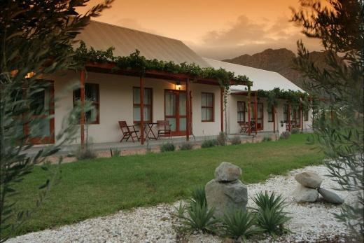 Mimosa Lodge Hotel