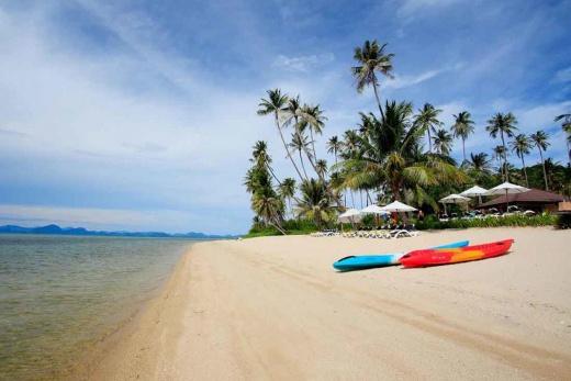 Centra by Centara Coconut Beach Resort Samui