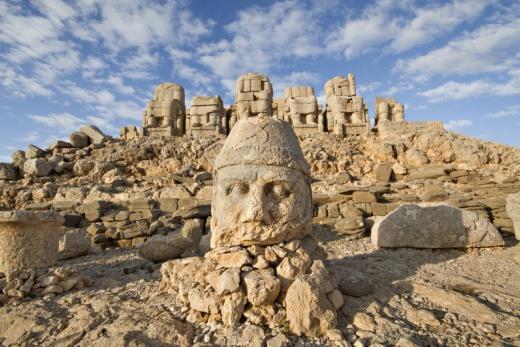 Zapomenutá hora Nemrut aneb cesta na východ Turecka