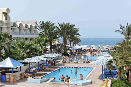 bazény sesterského hotelu Triton Empire beach