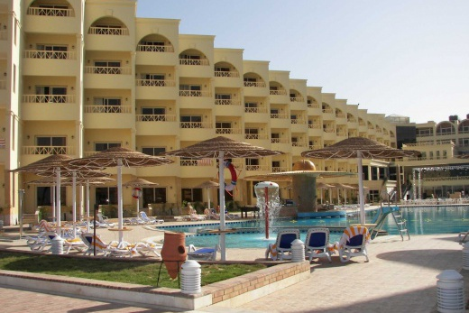 AMC Azur resort