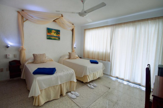 Playa Esmeralda Resort