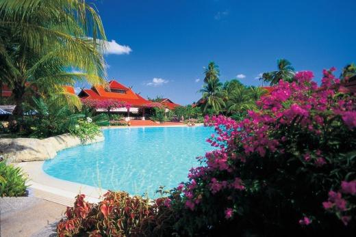 Pelangi Beach Resort bazén 1