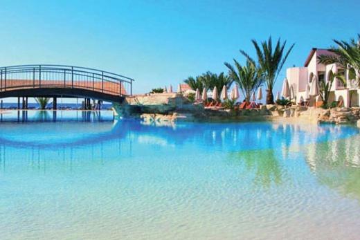 Louis Princess beach