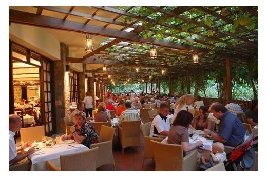 Apollonia Resort & Spa