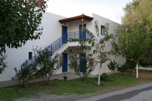 Apartmány ROUSSOS