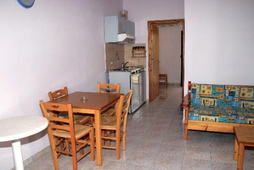 Obyvatelná kuchyně Roussos