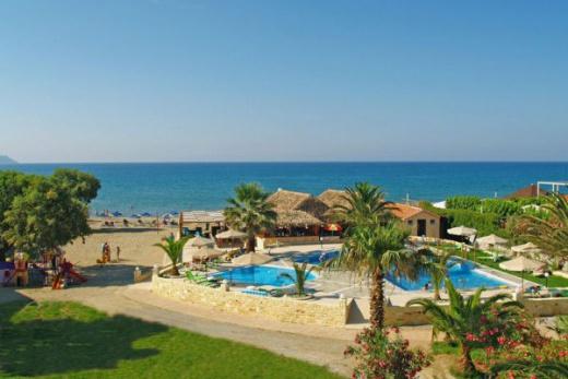 Nově renovovaný hotel přímo u písčité pláže