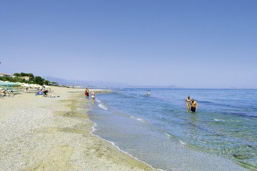 Krásná písčitá pláž