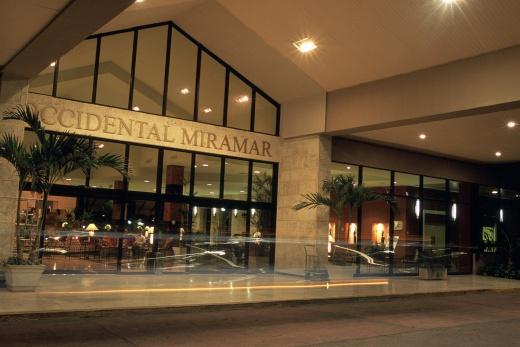 Miramar vstup do hotelu