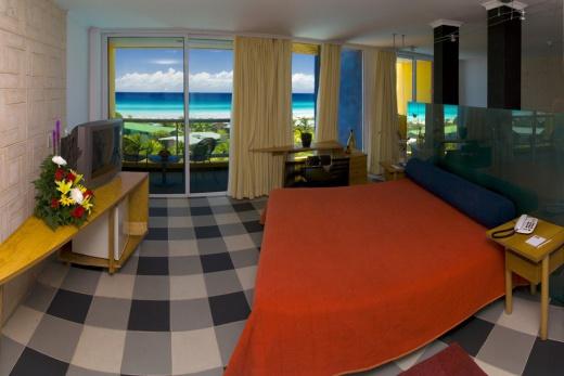 Barcelo Solymar suite