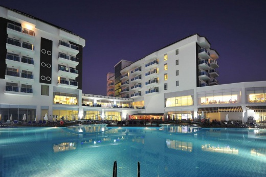 Cenger Beach Resort and Spa