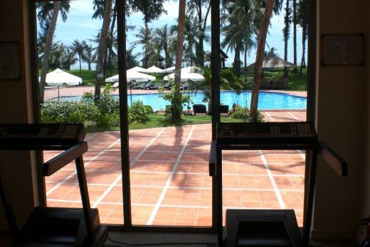 Foto Vietnam - Phan Thiet - Novotel výhled z posilovny