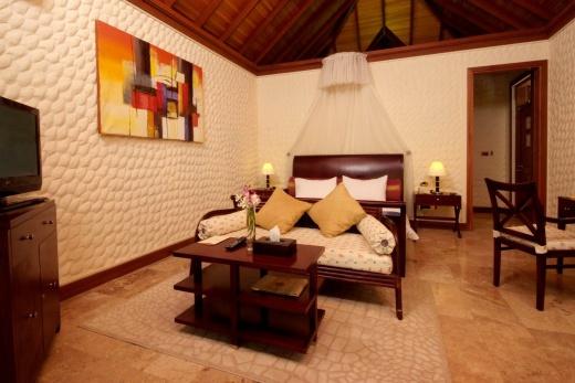 Olhuveli Beach Resort a Spa