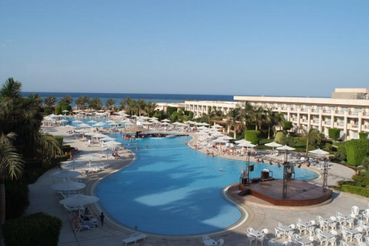 Royal Azur Makadi bay
