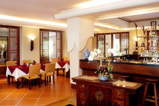 Mission Hills Phuket Golf Resort & Spa bar
