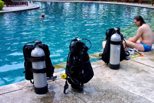Holiday Inn-bazén-cvičné potépění