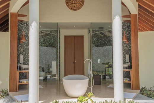 Dhoni Pool Villa