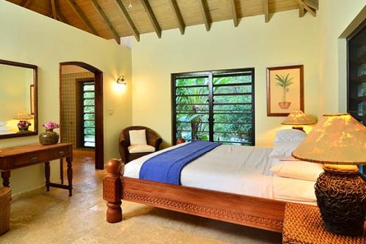 Surfsong Villa Resort
