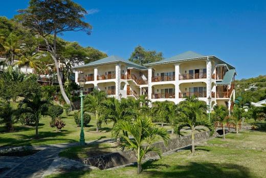 Bequenia Beach Hotel