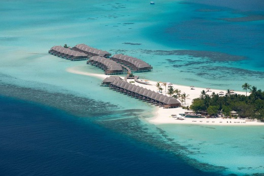 Constance Moofushi Resort Maldives