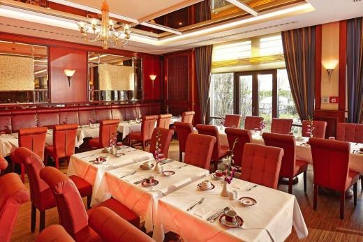 Ramada Plaza City Centre Hotel & Suites
