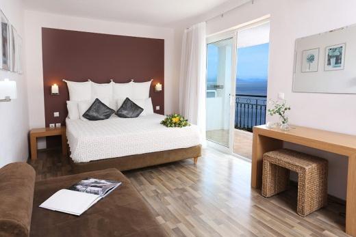 Hotel Pantokrator