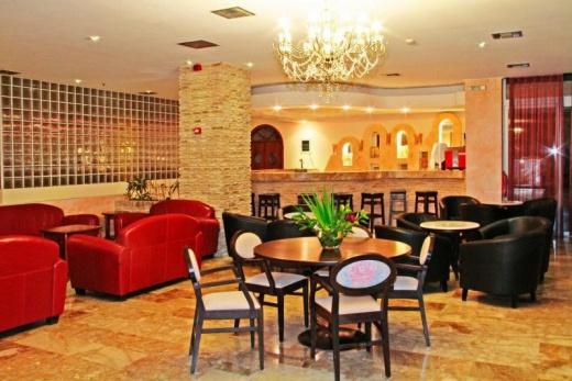 Hotel Roselands