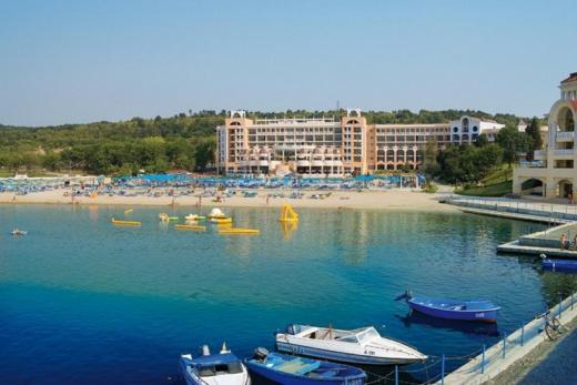 Djuni Royal Resort - Belleville
