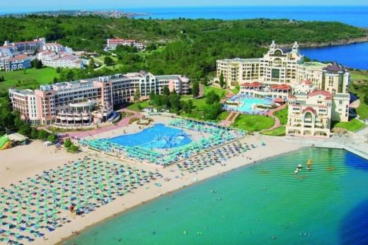 Djuni Royal Resort - Pelican