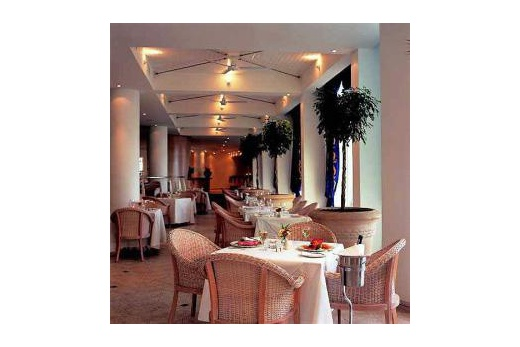 Protea Hotel President restaurace