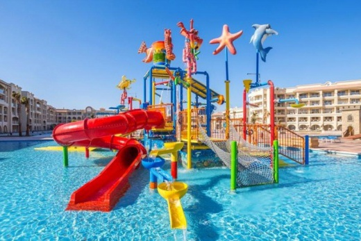 Pickalbatros White Beach Resort