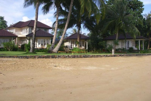 Makathanee Beach Resort