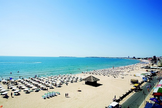 Evrika Beach