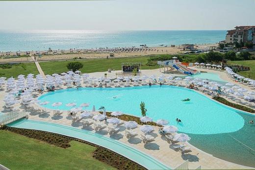 Funtazie Sunrise Blue Magic Resort