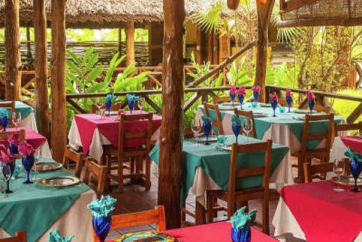 Les Lauriers Eco Hotel & Restaurant