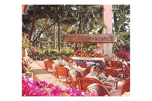 Shangr-la´ Rasa Ria Beach kavárna