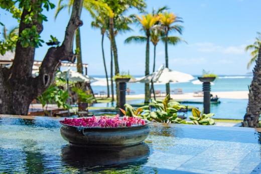 Shanti Maurice Resort & Spa