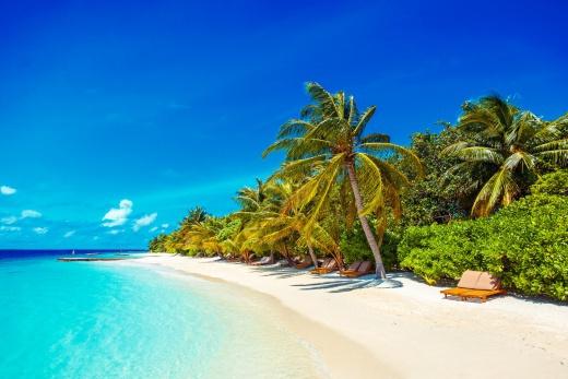 Makunudu Island Maldives