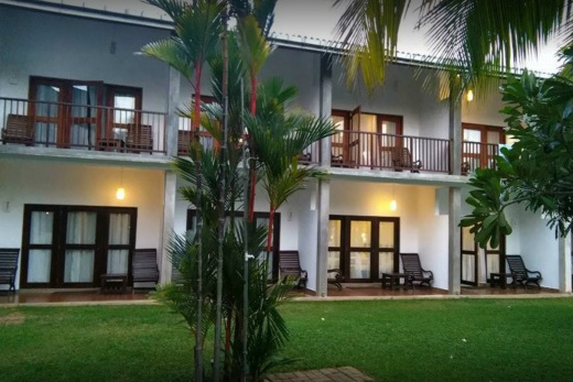 Carolina Beach Hotel  (Chilaw)