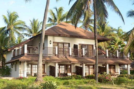 Breezes Beach Club & Spa